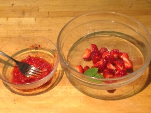 Strawberry puree to mix with berries & mint